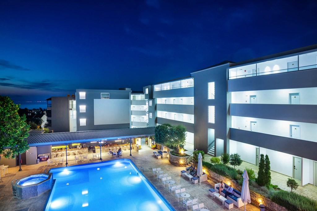 Bomo Kriopigi Hotel
