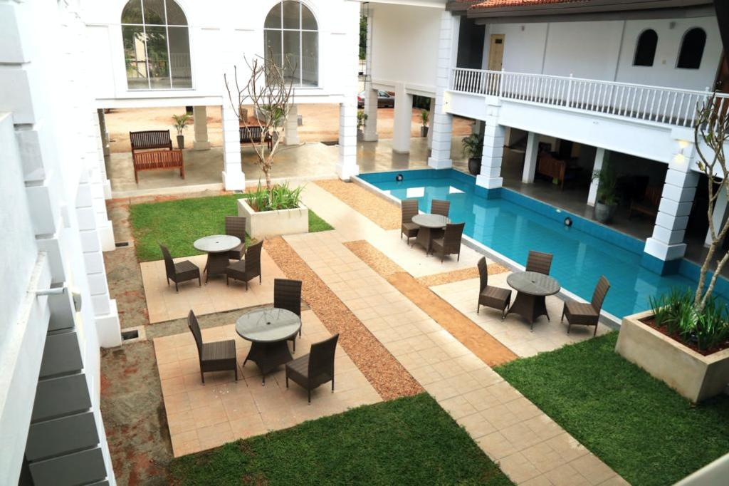 Hibiscus Beach Hotel Sri Lanka