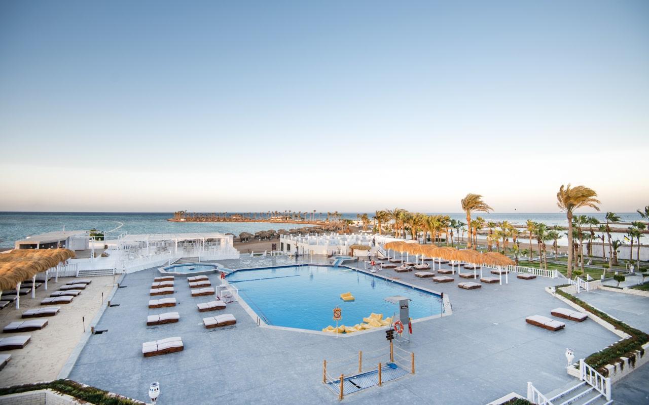 Meraki-Resort10