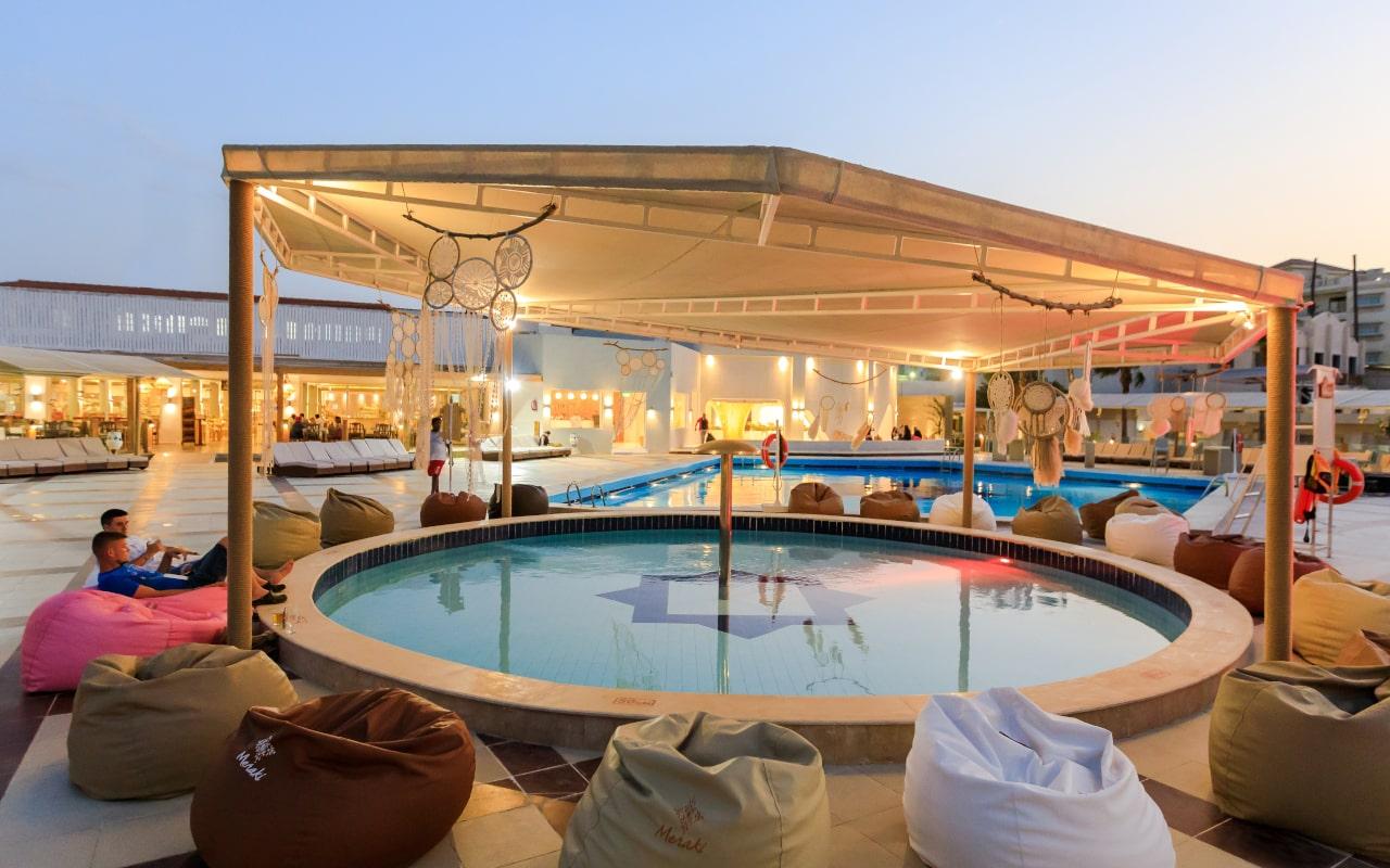 Meraki-Resort15