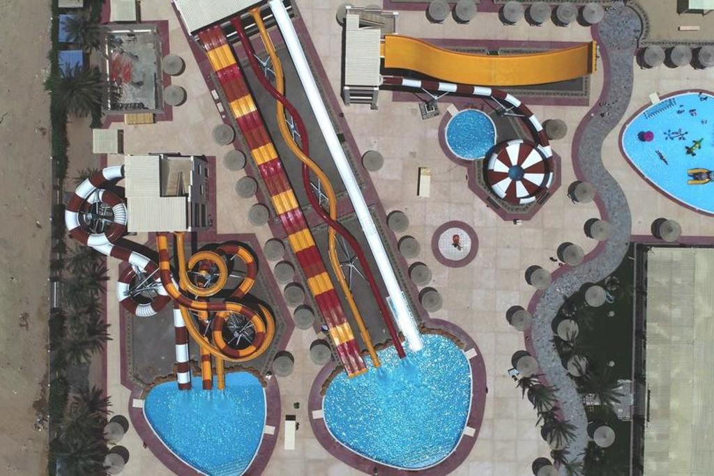 Nubia Aqua Beach Resort10