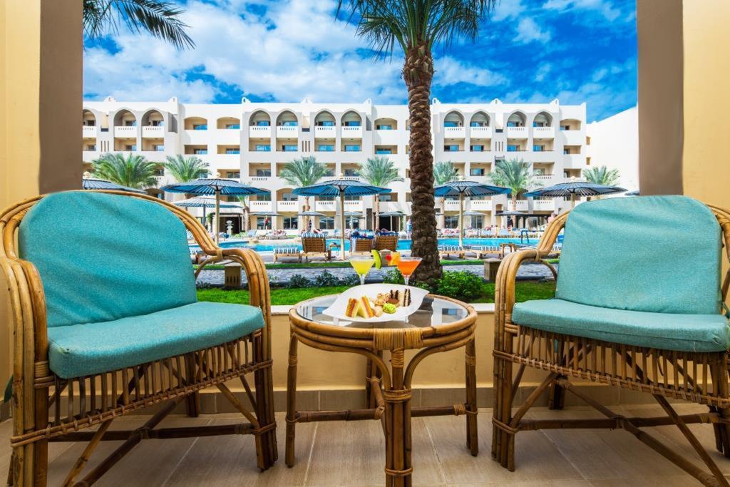 Nubia Aqua Beach Resort2