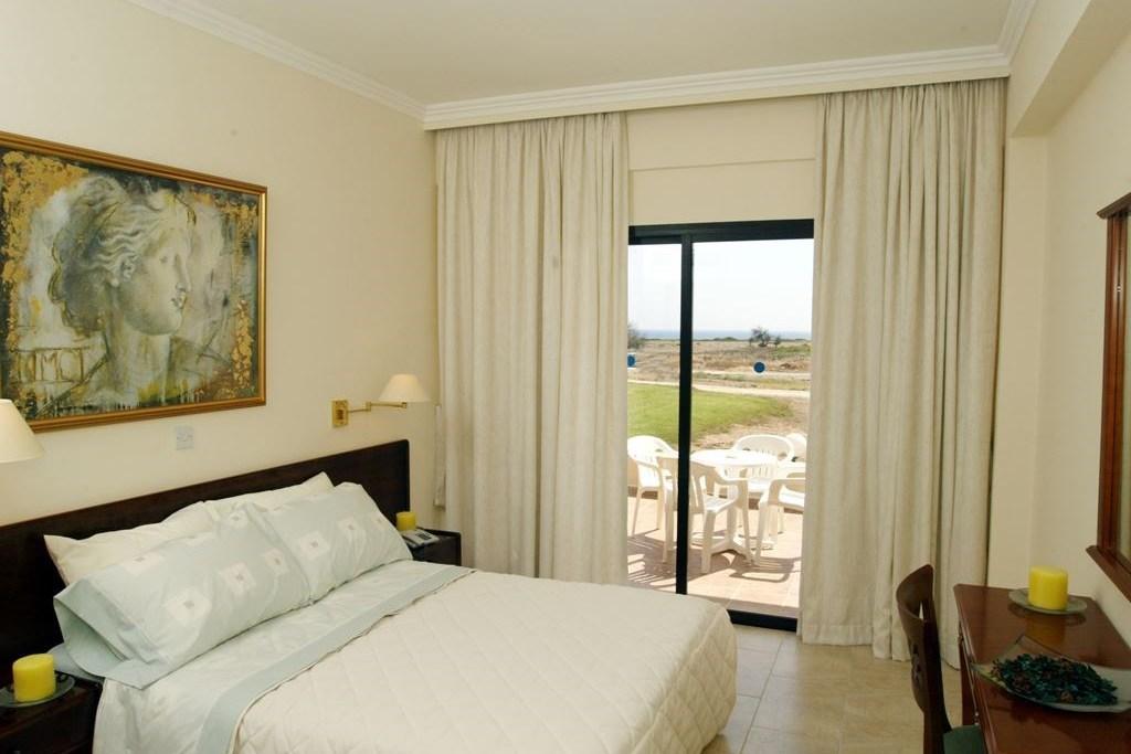 Panareti Coral Bay Hotel