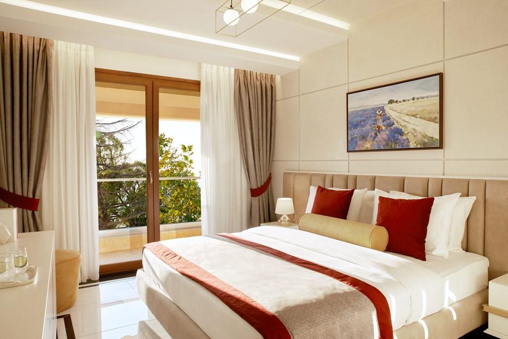 Potidea_palace_Greece30
